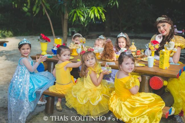 Café da Manhã com a Princesa Bela