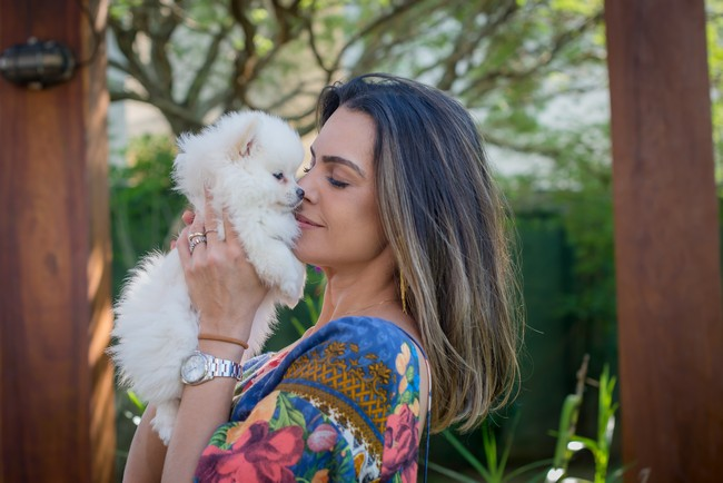 atriz livia rossy com filhote cachorro