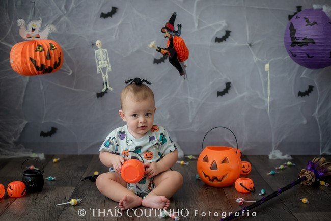 A Bruxa está solta na Mini de Halloween!