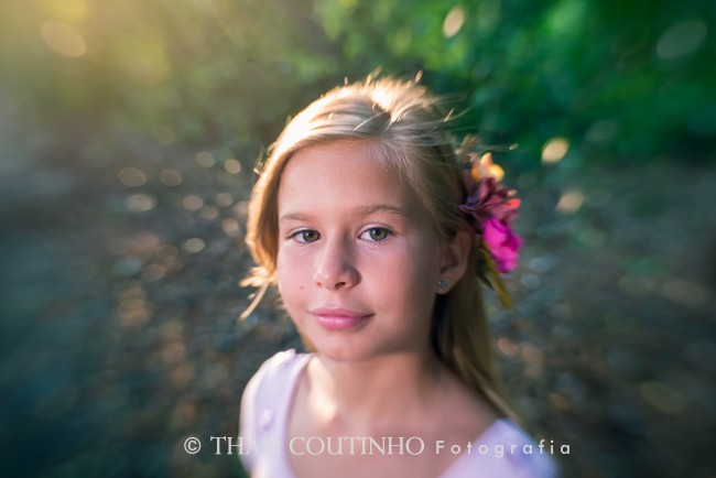 retrato menina golden hour