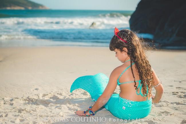 ensaio fotos menina sereia praia